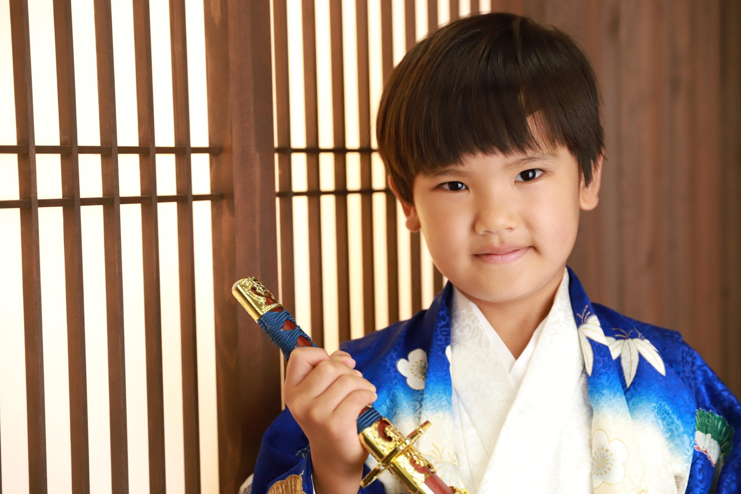 5歳の七五三 青と白の着物