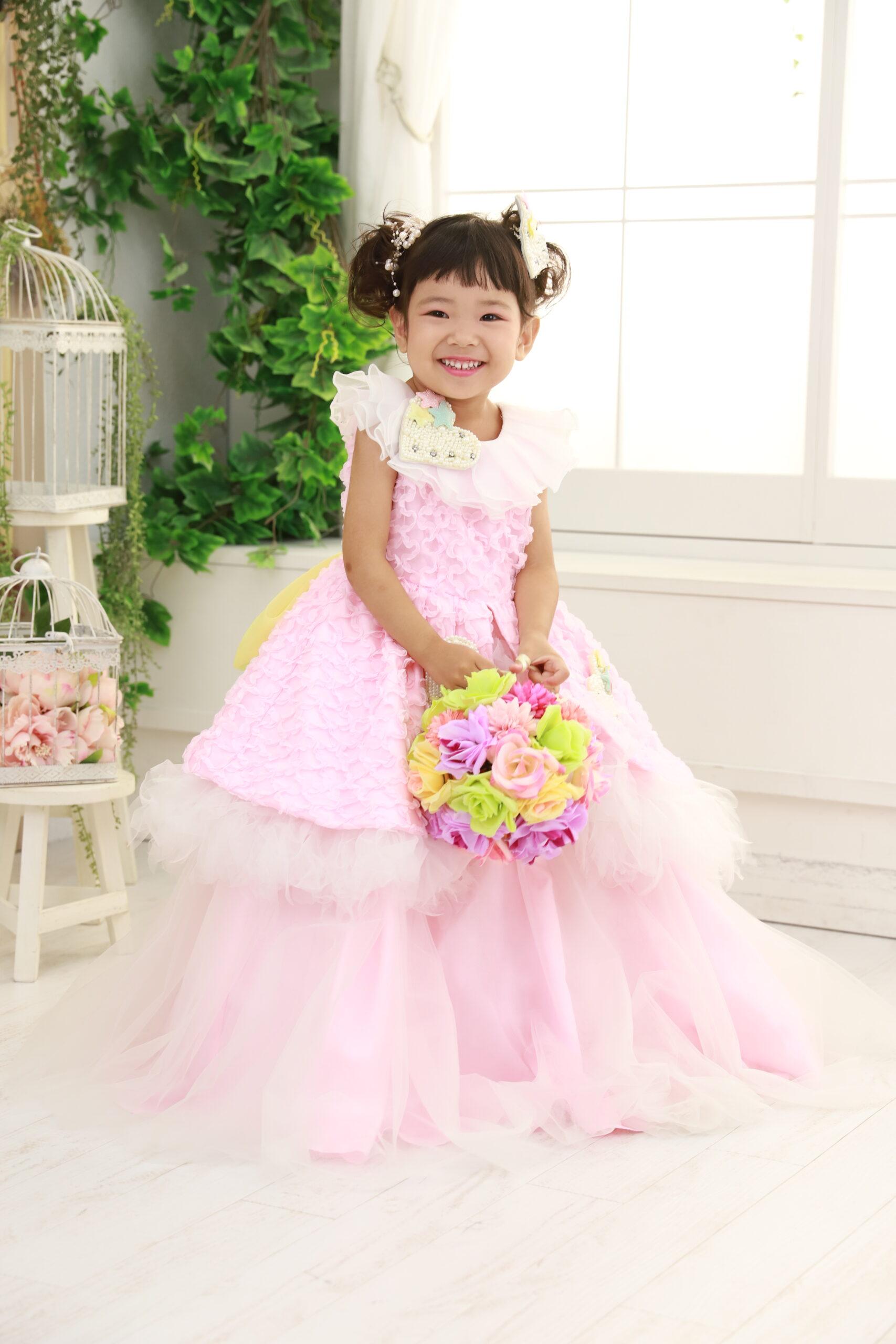 3歳の七五三 桃色のドレス