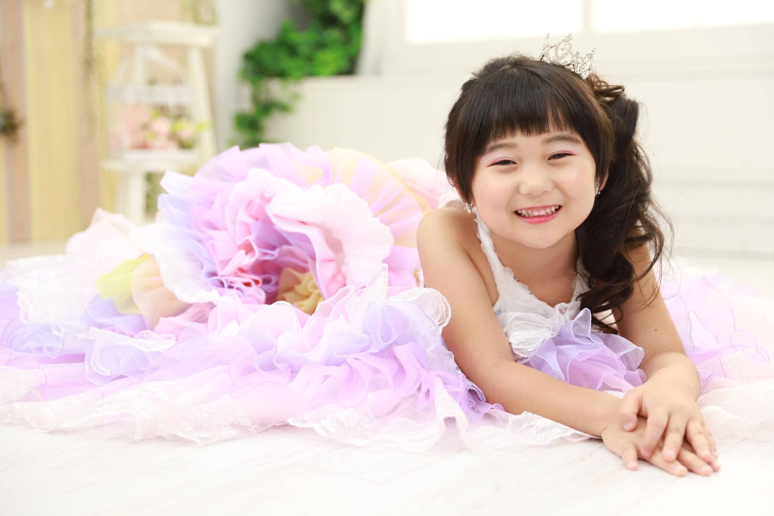 三島市街地からアクセス便利☆女の子に人気のふわふわドレス!